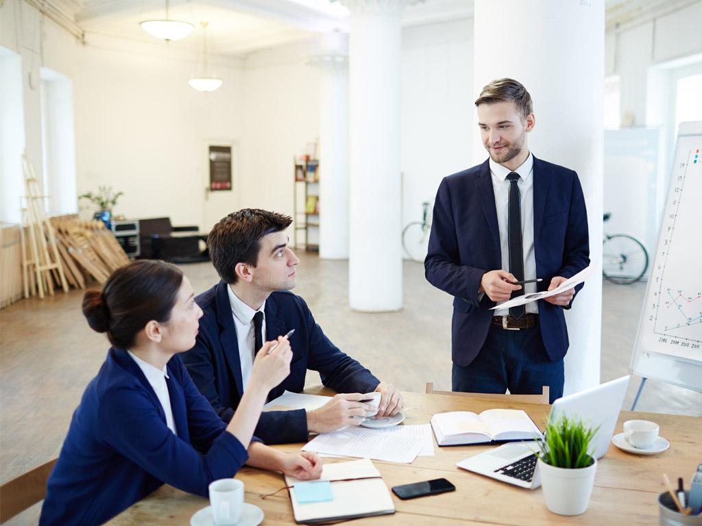 Consultoria Externa: Devo ou não entregar projetos a equipas externas à organização?